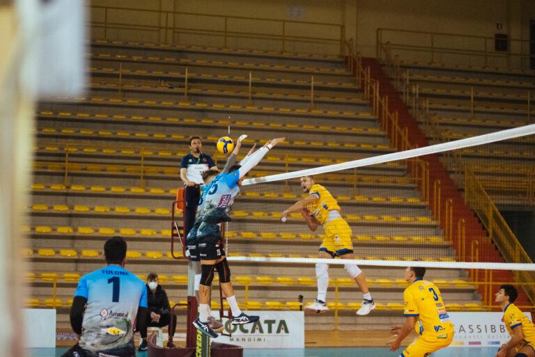 L'Avimecc Volley Modica cade sotto i colpi di Link, il finale è 2-3